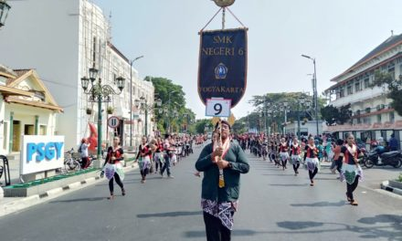 Kirab Festival Bregada Nusantara 2019 di jalan Malioboro